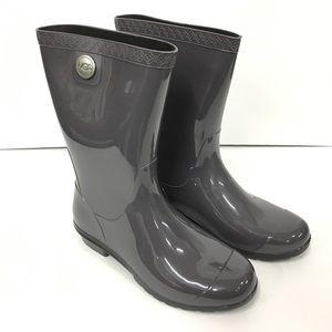 ffe580444b6 NWB UGG Sienna Rain Boots Nightfall Size: 6 Boutique